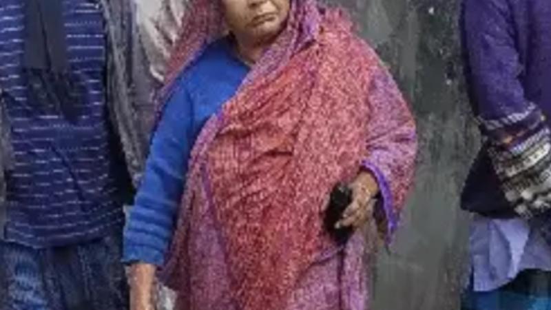 উপ-সচিব'র মা ও মৃত বাবাকে ভূমিহীন দেখিয়ে বরিশালে সরকারি জমি বন্ধোবস্ত