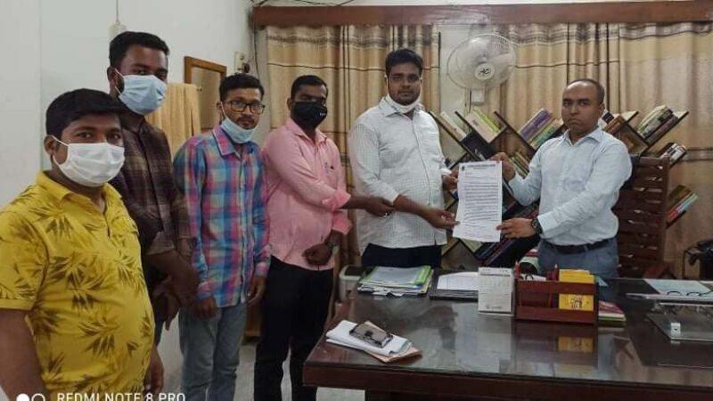 গণমাধ্যম সপ্তাহ'র দাবিতে বরিশাল সাংবাদিক নির্যাতন প্রতিরোধ কমিটি'র স্মারকলিপি প্রদান